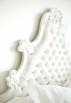 I want this for a boudoir shoot... White Headboard, Tufted Headboards, Tufted Bed, Headboard And Footboard, Antique Headboard, Headboard Decor, Vintage Headboards, Victorian Headboards, Victorian Bed