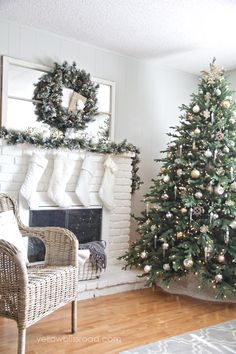 Rustic Glam Christmas Tree and Mantel - Yellow Bliss Road