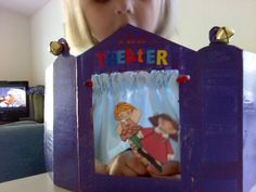 Savvy Moms Save: Finger Puppet Theater Tutorial