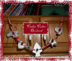 Joli Paquet: Crafting in the Kitchen ~ Part 2 Christmas Cookie Cutters, Christmas Ornaments To Make, Christmas Makes, Pink Christmas, Christmas Cookies, Vintage Christmas, Christmas Crafts, Christmas Decorations, Christmas Ideas