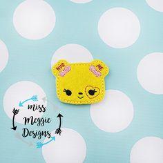 Num Hug me sweetheart feltie ITH Embroidery design file
