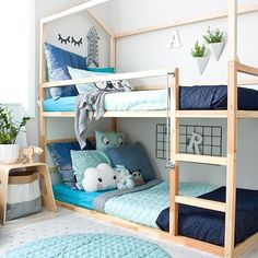 My absolute favourite colour combo for a kid's room. Those blue tones are amazing! Follow us @mysleepymonkeys for more inspiration! Check out our latest article: 14 Ideas For a Dream Room You Wish You Had As A Kid www.mysleepymonkey.com