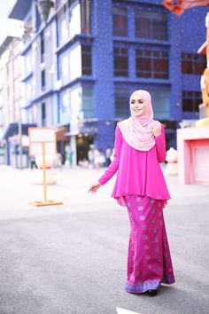 Zara Songket Hot Pink
