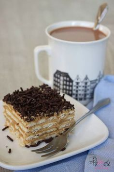Beppetaart, een lekkere no-bake taart met koekjes en mokka Cake Cookies, Cupcake Cakes, Limoncello Cake, Baking Recipes, Cake Recipes, Pie Co, Food Vans, Gateaux Cake, Cream Tea