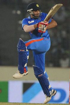 Indian captain Mahendra Singh Dhoni Sunday praised his batsmen for a stellar performance but reserved special praise for the talented Rohit Sharma, who he thinks can become a good finisher. Facebook Profile Photo, India Cricket Team, Cricket Wallpapers, Hard Working Man, Chennai Super Kings, Mumbai Indians, Popular Sports, Cricket World Cup, Virat Kohli