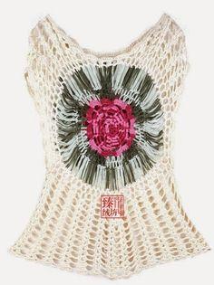 crochelinhasagulhas: Blusa em crochê com flor