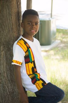 Latest Kente Designs That Will Make You Fall in Love - Afro Fahionista Ankara Styles For Kids, African Dresses For Kids, African Children, African Fashion Ankara, African Print Fashion, Africa Fashion, African Print Shirt, African Shirts, African Attire