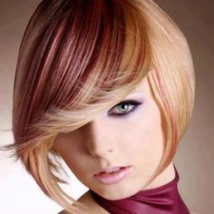 35 Short Chocolate Brown Hair Color Ideas to Try Right Now - Wass Sell - cortes de cabello, tinte y peinado - Short Hair With Layers, Short Hair Cuts, Short Hair Styles, Short Wavy, Chocolate Brown Hair Color, Brown Hair Colors, Color Your Hair, Cool Hair Color, Side Bangs Hairstyles