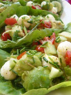 salade d'été sur feuille https://thecrazyoven.wordpress.com/2015/07/07/salade-fraiche-dete-sur-feuille/