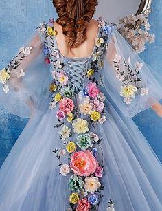 De Baile Princesa Decote V Cauda Capela Cetim Tule Evento Formal Vestido com Flor(es) de Embroidered Bridal de 4256458 2018 por R$501,36