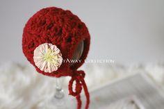 Foto recién Prop Navidad Bonnet recién por CastAwayCollection, $25.00