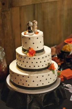 halloween wedding cakes   Halloween Wedding Cake