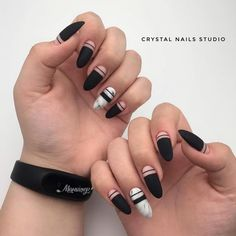 Want some ideas for wedding nail polish designs? This article is a collection of our favorite nail polish designs for your special day. Cute Acrylic Nails, Cute Nails, Pretty Nails, Short Nail Designs, Cool Nail Designs, Black Nails Tumblr, Wedding Nail Polish, Gel Nails At Home, Nail Polish Designs