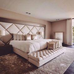 home luxury bedroom design, champagne bedroom e luxurious b Dream Rooms, Dream Bedroom, Home Bedroom, Modern Bedroom, Bedroom Ideas, Bedroom Furniture, Bedroom Wall, Stylish Bedroom, Bedroom Black