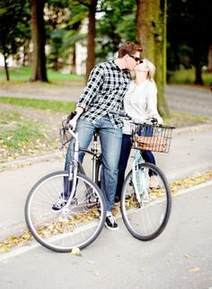love on a bicycle engagement