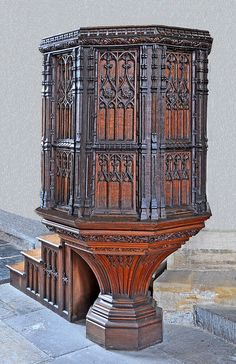 This beautifully carved pulpit was insalled in St.Marys in the year of the Battle of Agincourt. Rococo, Baroque, Battle Of Agincourt, Jack In The Pulpit, Altar Cloth, Library Room, Early Middle Ages, Church Of England, Church Architecture