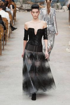 Chanel Haute Couture runway fashion Paris Fall 2013: Tweed, sparkles, and belts to love
