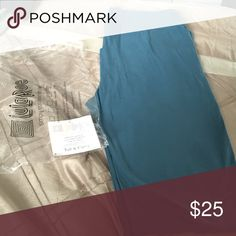 TC Lularoe leggings Teal green color! New! Just got in the mail! Made in Indonesia! Won them in a roulette! Bag and tag here to put them in! Took out of bag for picture purposes! LuLaRoe Pants Leggings