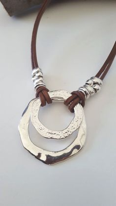 endless Ring Boho leather necklace woman leather choker beaded necklace - Jewelry - Ideas of Jewelry - anillo sin fin collar de cuero Leather Necklace, Leather Jewelry, Metal Jewelry, Boho Jewelry, Jewelry Crafts, Beaded Jewelry, Jewelery, Jewelry Necklaces, Handmade Jewelry