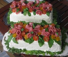 sandwich cakes Appetizer Sandwiches, Cold Sandwiches, Party Sandwiches, Sandwich Torte, Sandwich Recipes, Cake Recipes, Snack Recipes, Party Finger Foods, Party Snacks