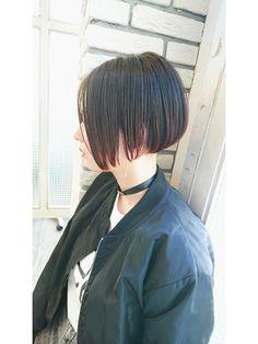 【2019年夏】【COOKIE 】ウェットボブ/COOKIE Hair&Make 【クッキー ヘアーアンドメイク】 のヘアスタイル|BIGLOBEヘアスタイル Bob Hair Color, Haircut And Color, Medium Bob Cuts, Medium Hair Styles, Short Hair Styles, Navy Hair, Ulzzang Makeup, Couple Aesthetic, Asian Hair