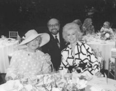 Eva Gabor with her mother Jolie Eva Gabor, Zsa Zsa, February 6th, Queens, Couple Photos, People, Vintage, Couple Shots, Folk