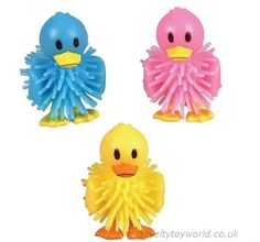 Assorted yellow, blue and pink rubber spike ducks. These lovable novelty ducks measure 4cm. Wholesale bulk buy from 720 units.