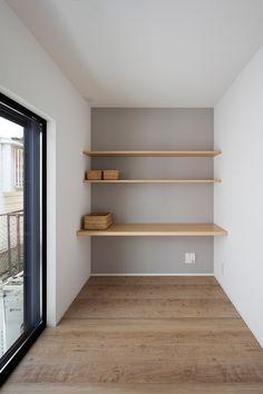 ご家族が集まるリビングの吹抜けと階段を同一空間に配置した3階建ての家・間取り(大阪府高槻市) | 注文住宅なら建築設計事務所 フリーダムアーキテクツデザイン