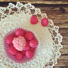 Raspberries' fondant. Leone's confectionary treasure!