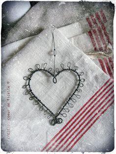 Sweet wire heart ~ coeur de ficelle coeuvicbis