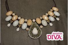 Detalhes de Diva: Moldes para maxi-colar
