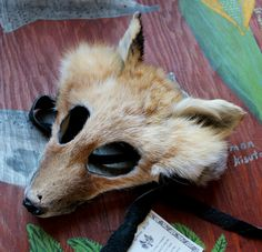 Red fox mask by Lupa. Available at http://thegreenwolf.etsy.com