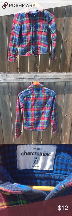 ABERCROMBIE &FITCH BOYS XL MUSCLE FLANNEL Ambercrombie & fitch Youth boys SZ XL muscle fit  Red plaid  Long sleeve Button up  Some light piling as is flannel but still condition abercrombie kids Shirts & Tops Button Down Shirts