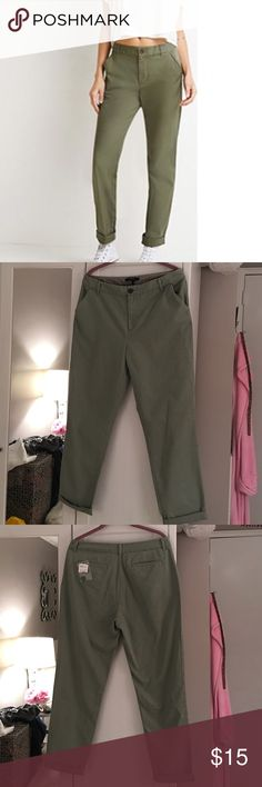 HPNWT Forever 21 Olive Classic Chino Pants.  NWT Forever 21 Olive Classic Chino Pants. Size 30. It's Brand New! 100% Cotton. ❌ NO TRADES ❌ Forever 21 Pants