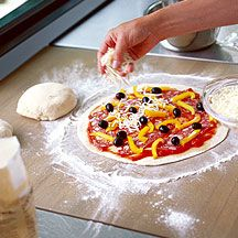 Whole Wheat Pizza Dough from Weight Watchers #recipe #pizza