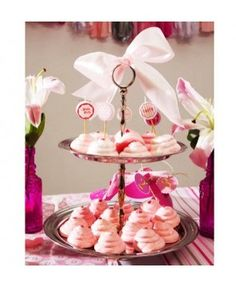 with mini candles from Talking Tables available in JCadeau Webshop Elephant Party, Mini Candles, Party Shop, Tiered Cakes, Pink, Tables, Ideas, Colors, Mesas