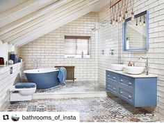 We just love this look.... what do you think 👌#Repost @bathrooms_of_insta (@get_repost) ・・・ Too Much? Or Just Right? 📸 @corbuskb #bathtub #tile #tiles #vanity #ceiling #lighting #lightingdesign #bathroomdecor #bathroom #bespoke #castiron #repost #vision #interior #interiordesign #tilingwork #tilingporn #👌👌👌👌👌👌