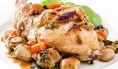 "Pečený králik ""Villa magna"" Recepty z králika Turkey, Meat, Chicken, Villa, Garlic, Rabbits, Best Recipes, Traditional, Turkey Country"