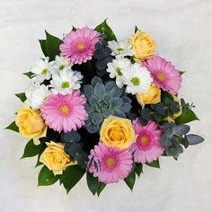 Summer bouquet with succulent #flowers #rose #цветы #роза #букет #цветыспб #спб