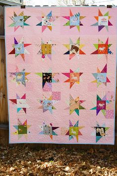 horse quilt for my horse-lovin girl, using Wonky stars . love the pink background Star Quilt Patterns, Star Quilts, Scrappy Quilts, Quilt Blocks, Star Blocks, Pink Quilts, Girls Quilts, Baby Quilts, Colorful Quilts