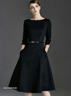 Shop Elegant O-neck Zippered Slim Skater Dress at EZPOPSY. Mode Outfits, Dress Outfits, Outfit Vestido Negro, Swing Dress, Dress Skirt, Modest Fashion, Fashion Dresses, Fashion Top, Couture Dresses
