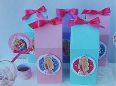 SD Eventos: BARBIE, ESCUELA DE PRINCESAS Candy Bar Barbie Escuela de princesas Barbie School of Princess birthday party Golosinas personalizadas Cajitas golosineras Milkbox