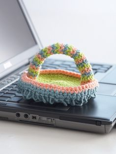 Keyboard Duster | Yarn | Free Knitting Patterns | Crochet Patterns | YarnspirationsI  Made one and it's great for scrubbing the shower!