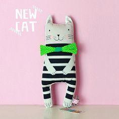 Pink NouNou Kussenpoppetje  Katje Cat groen