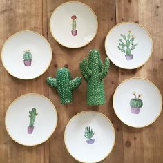 Little obsession #vajilla #dinnerware #crockery #porcelain #ceramic #art #design #onmytable #succulents #succulent #succulove #cactus by azarraluqui