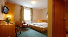 Hotel Eberl Hattenhofen Surrounded by the wonderful scenery of Upper Bavaria, this family-run hotel in Hattenhofen offers cosy, non-smoking rooms with free Wi-Fi and a complimentary breakfast. Relax in the traditional beer garden.
