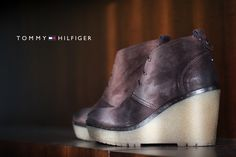 #tommyhilfiger #high #shoes #officeshoes #women #fashion #brown  http://www.officeshoes.hu/cipo-tommy-hilfiger-csizma-chie-2b/6773