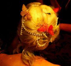 maparty_dresscode_hairback