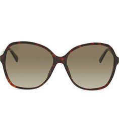 Get in on this season's retro trend with these Gucci sunglasses. The oversized slim frames have a tortoise shell design lending timeless appeal, while the tinted lenses offer great protection from the sun perfectly fusing form and function. Tortoise Shell Sunglasses, Gucci Sunglasses, Croatia 2016, Lenses, Shoe Bag, Accessories, Polyvore, Design, Women