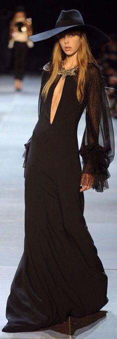 Yves Saint Laurent Spring 2013 Ready to wear, long black dress with black hat Fashion Week, Look Fashion, Runway Fashion, High Fashion, Fashion Show, Womens Fashion, Fashion Design, Fashion Fall, Fashion Trends